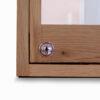 Houten vitrine met slot